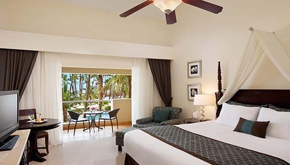 Image showcasing Preferred Club Deluxe Jacuzzi Ocean View