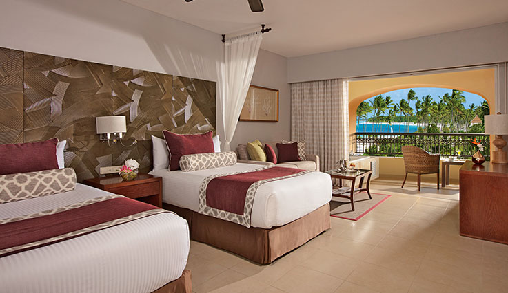 Showing slide 2 of 2 in image gallery, Preferred Club Deluxe Partial Ocean View - double