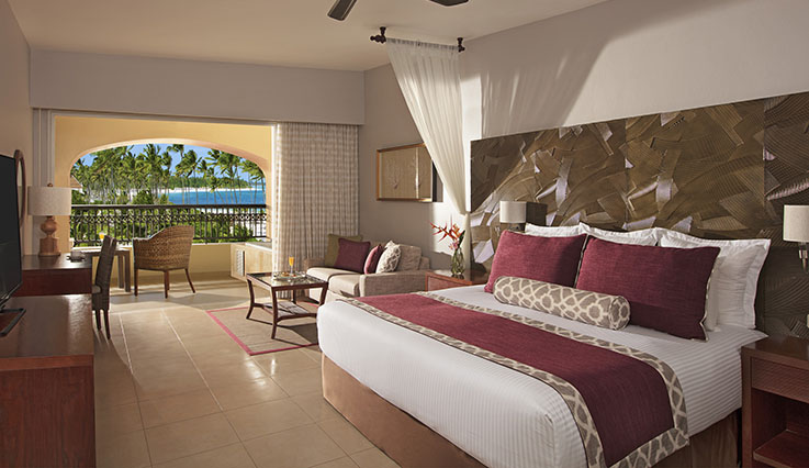 Preferred Club Deluxe Partial Ocean View - King