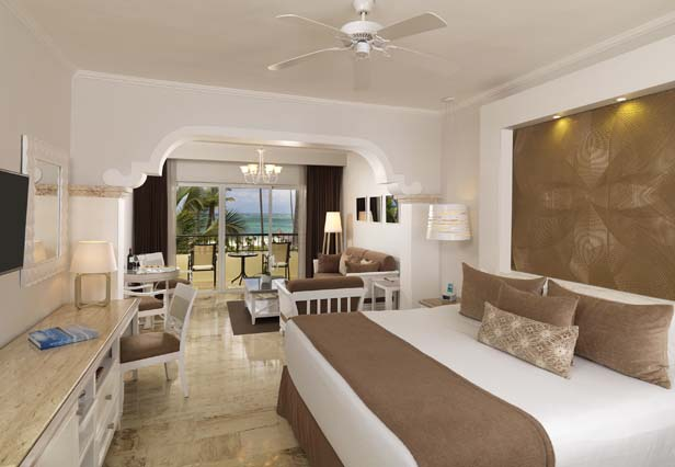 Image showcasing Royal Service Oceanfront Suite