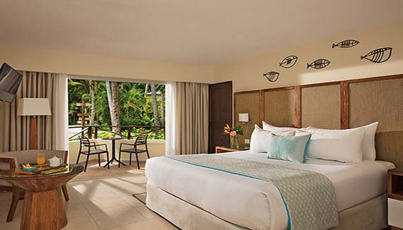 Image showcasing Deluxe Tropical View Room