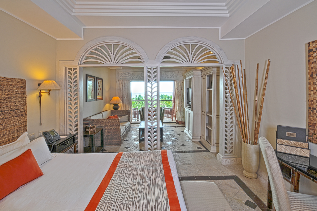 Image showcasing Premium Beachfront Junior Suite