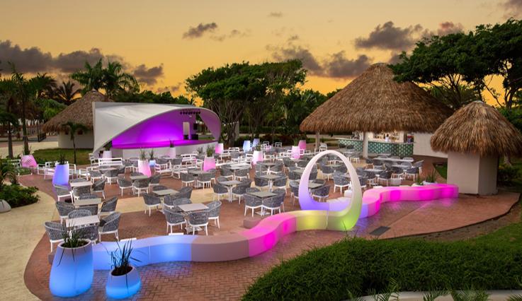 sirenis cocotal beach resort casino /u0026 aquagames