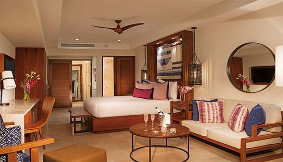 Image showcasing Preferred Club Junior Suite Tropical View