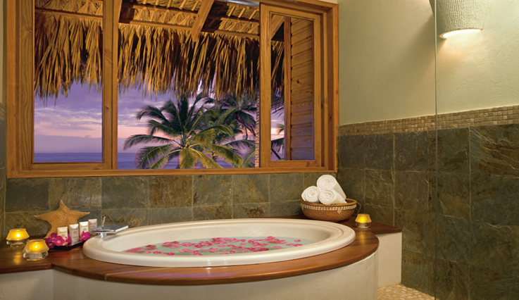 Showing slide 2 of 3 in image gallery, Romantic Junior Suite Garden View - Bathroom
