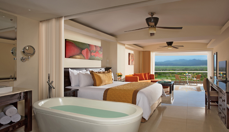 Showing slide 1 of 2 in image gallery, Junior Suite Tropical View with jacuzzi