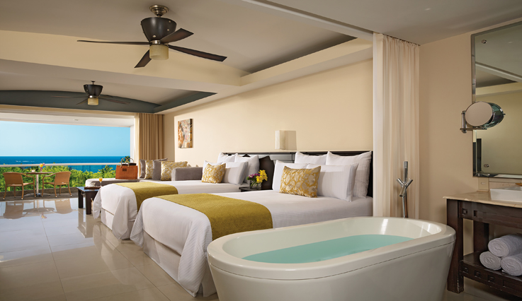 Showing slide 2 of 3 in image gallery, Preferred Club Junior Suite Ocean View with jacuzzi