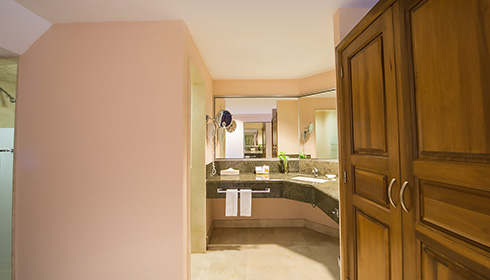 Showing slide 2 of 2 in image gallery, Family Room Bathroom