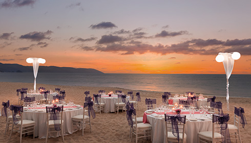 Showing slide 9 of 23 in image gallery, Beach wedding reception