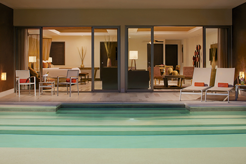 Showing slide 3 of 4 in image gallery showcasing Preferred Club Master Suite Swimout Garden