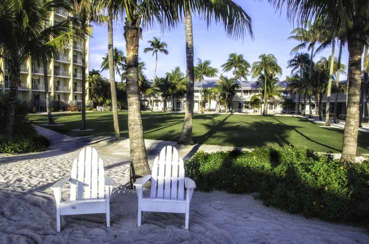 Showing slide 14 of 16 in image gallery for Naples Beach Hotel and Golf Club
