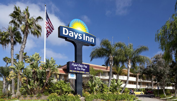 Showing Days Inn Hotel Circle feature image