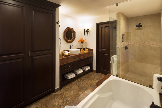 Showing slide 4 of 4 in image gallery showcasing Master Suite