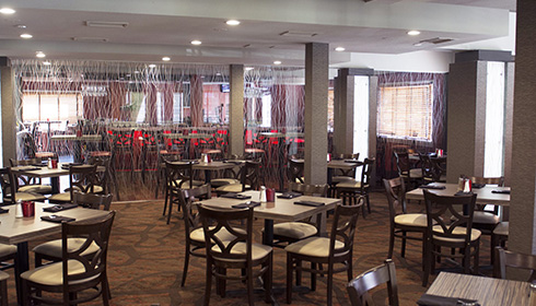 Compass Grille dining room