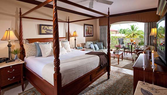 Image showcasing Lover's Lagoon Honeymoon Premium (PR)
