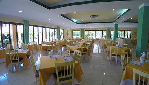 Buffet restaurant seating area
