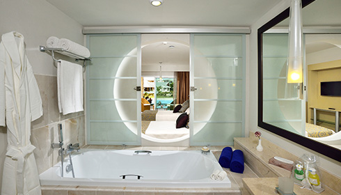 Image showcasing The Reserve Junior Suite Swim-up