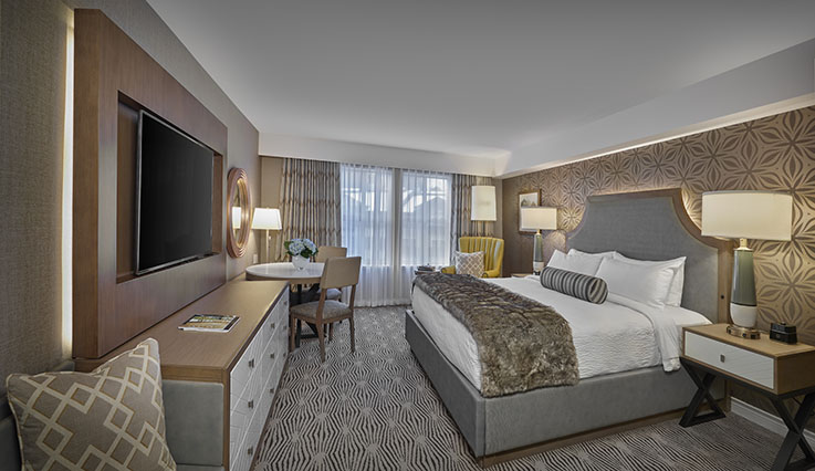 Showing slide 1 of 4 in image gallery, Deluxe Room - king bed