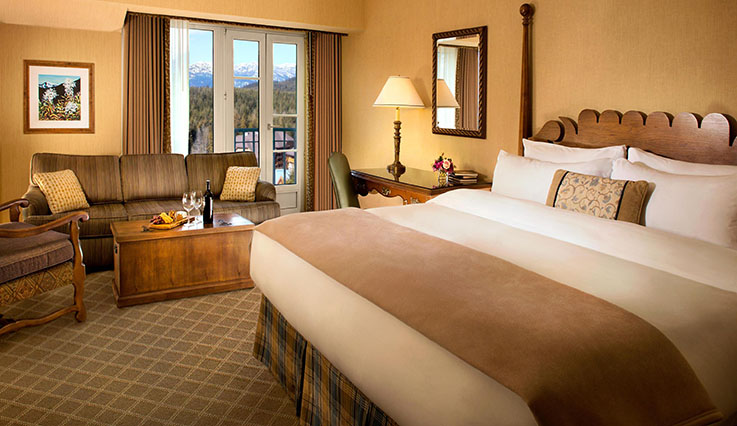 Showing slide 1 of 2 in image gallery, Fairmont Room - king bed