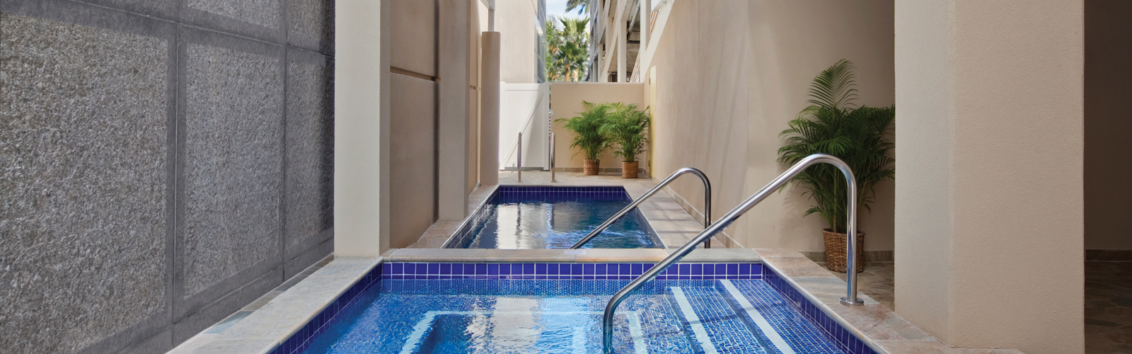 Pool at Ohana Waikiki Malia by Outrigger