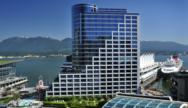 Fairmont Waterfront and harbour
