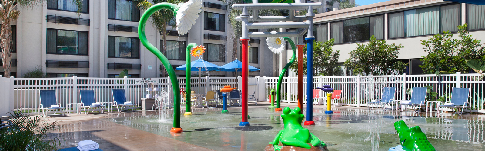 kids splash park at Holiday Inn and Suites Anaheim