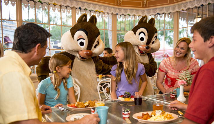 Chip and Dale character dining experience