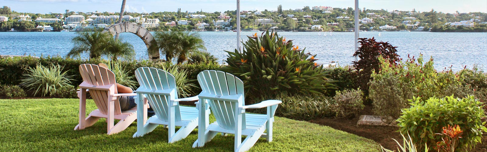 summer chairs with Bermuda view
